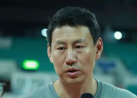 李楠卸任男篮主帅后新工作曝光,执掌青年队后或出任CBA主帅