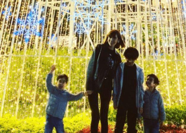 """林志颖儿子Kimi""""脱缰式""""长大,身高到172cm妈妈肩头,变化巨大"""