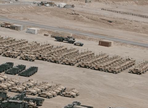 美国一个集团军的规模有多吓人?看看这些装备,铺天盖地非常宏伟