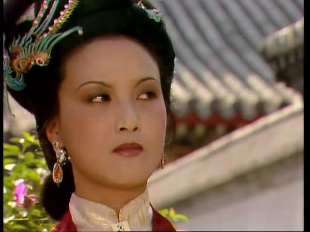 王熙凤染病,太医说是心气不足,鸳鸯说是血山崩,她究竟得了啥病