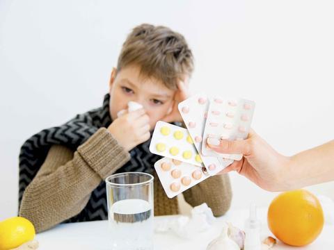 一粒普通药,孩子吃了却失聪?这些药若医生再开,家长务必拒绝