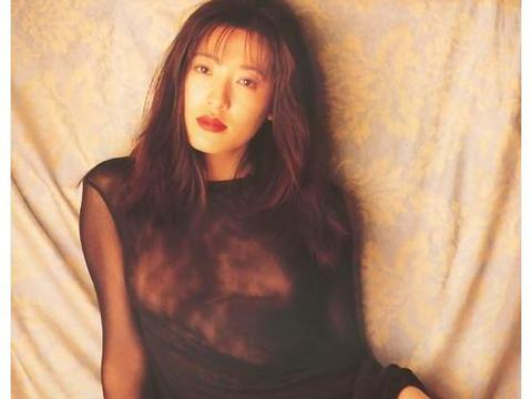 """她饰演最美潘金莲,号称""""亚洲第一美胸"""",让人过目难忘"""