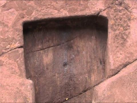 """至今都无法解释的一扇门,秘鲁的""""众神之门"""",据传能通往外星球"""