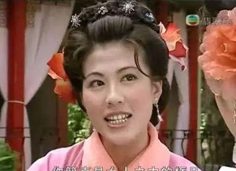 为爱犬试吃狗粮!前TVB人气女星爱狗如命至今未嫁:已经心力交瘁