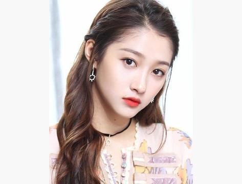 被评最烂演技女星,关晓彤第五,杨颖第二,第一名国际导演没招