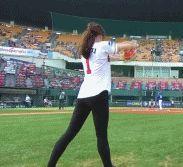 被誉为韩国体坛最美女神,因发球动作爆红,表明择偶标准仍单身