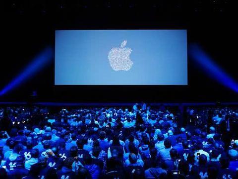 明年4款iPhone集体曝光:外观配置不再是谜,价格也被提前泄密!