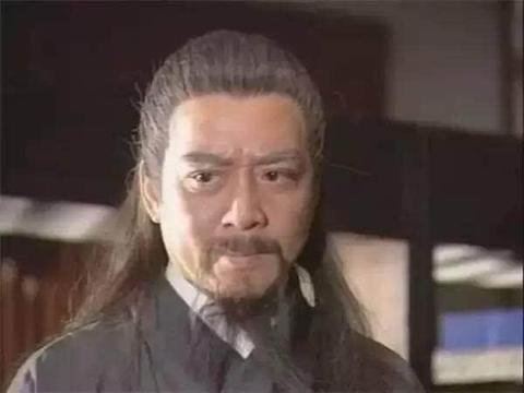 他是最帅的黄老邪,一生嗜酒如命,出演多部金庸武侠小说中的人物
