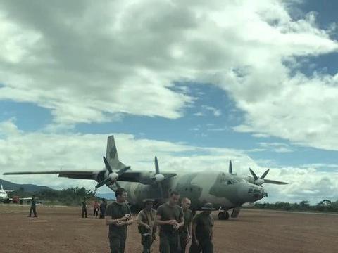 在委内瑞拉出手,俄罗斯军人乘坐中国运-8频繁异动,想稳局势