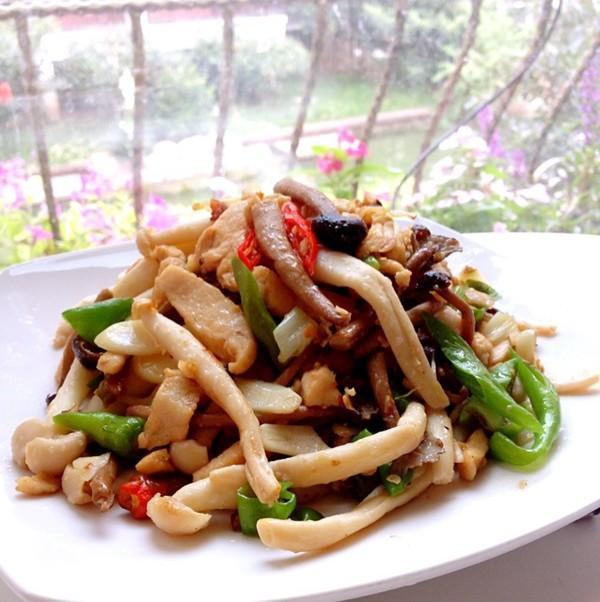美食:培根土豆卷,家常土豆丝,栗子红烧肉