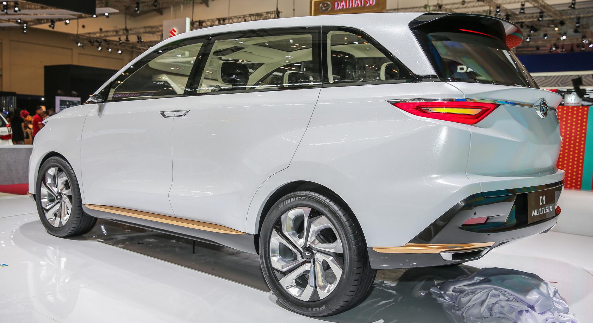 马来西亚Perodua近期测试全新Alza车型被抓怕到