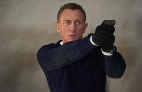 007前任导演表示,等不及观看丹尼尔·克雷格《007:无暇赴死》