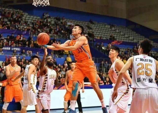 纳纳利37分难救主,上海男篮负浙江广厦赛季主场不败金身告破