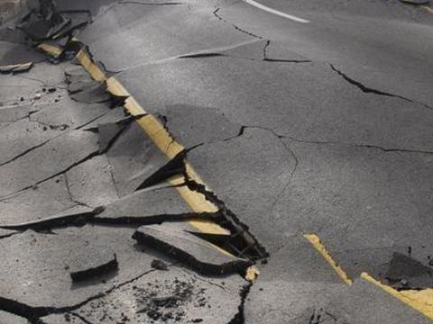 大地震频发,是因为地球自转变慢导致的?科学家感到尤为担心