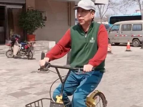 62岁冯巩大街上骑车遛弯,有徒弟专门拍摄,白凯南曝师父很严格