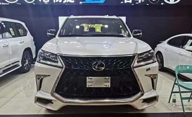 天津港探店 | 雷克萨斯LX570中东限量版售155万元