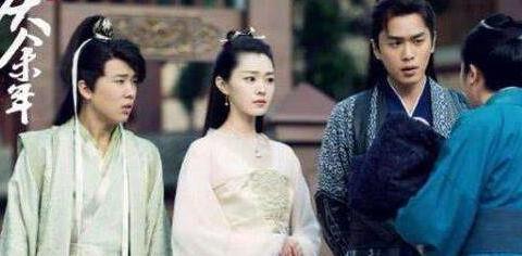 《庆余年》中43岁李小冉演29岁李沁母亲却像姐妹,还好对手戏不多