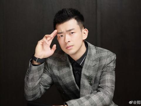 郑思维当选中国羽协运动员委员会主任,年仅22岁就事业爱情双丰收