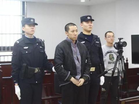 """""""网传前足协工作人员因猥亵儿童被被判处有期徒刑3年"""""""