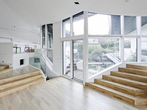以传统韩屋为灵感!首尔现代绿意庭园宅!
