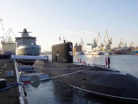 4000吨级常规潜艇,静音性能世界一流,还可发射巡航导弹