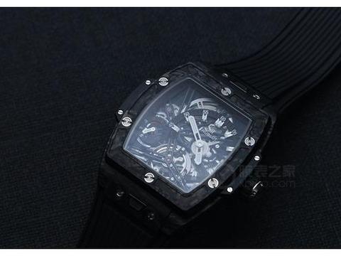 创新让腕表充满活力 品鉴宇舶Big Bang灵魂系列陀飞轮腕表