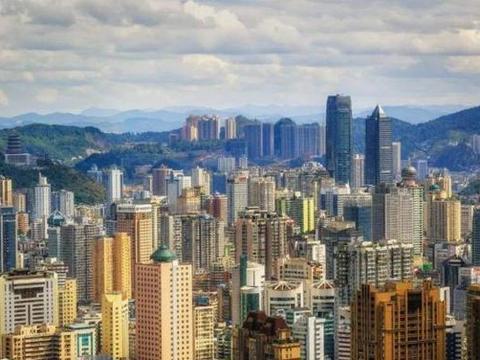 直击贵阳城市高度:从百米到四百米,贵阳超高层已经位居西南第二