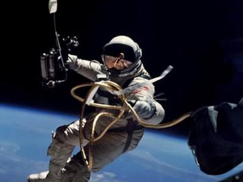 宇航员从太空返回地球后身体出现变化,科学家:或可揭开生命之谜