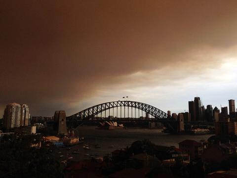"""澳洲一把火""""毁掉""""了悉尼和墨尔本房市?全球投资排名双双下跌"""