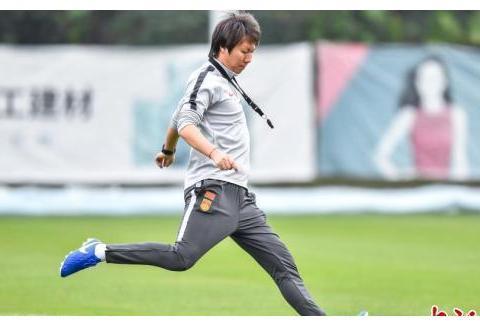 中国国家男子足球队在广东佛山备战世预赛