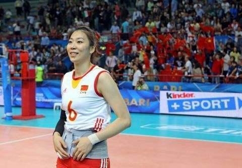 杨珺菁虽然退役 并没有忘记昔日队友作战情谊
