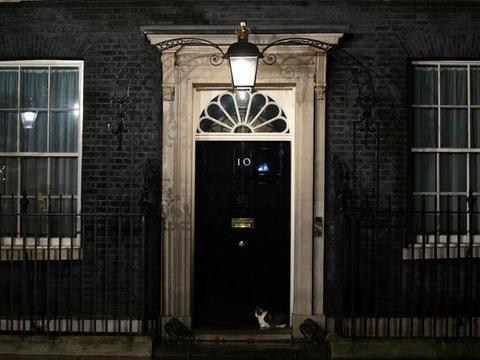 稀罕事,英国首相11天未公开露面,度假归来的鲍里斯还好吗?