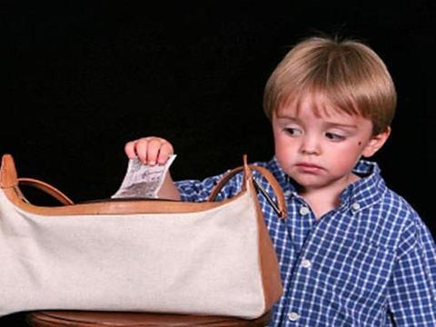 """孩子是个""""撒谎精"""",父母别用棍棒教育,解决问题3招最管用"""