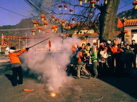 农村春节没年味了?农民抱怨年前欢喜年后冷清,这几个原因很现实