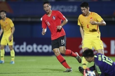遭补时绝杀!中国国奥0-1负韩国,张玉宁重伤告退,冯博轩险破门