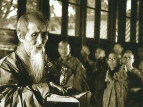 120高寿虚云老和尚,佛经讲义受众人追捧,生前遗言才是受益一生