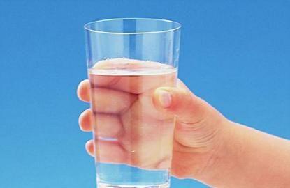 喝水虽是平常事,但大有讲究,5个小要点需谨记在心