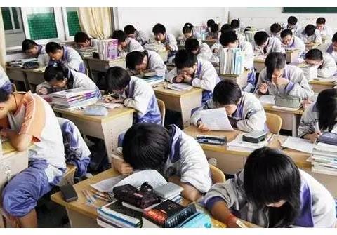 北京最臭名远扬的野鸡大学,读完4年仍是高中学历,坑害众多考生