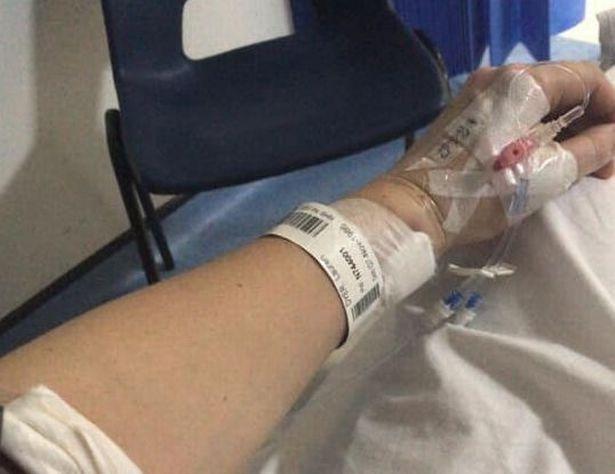 英33岁女子服用避孕药多年,突然呼吸不畅家中昏倒,确诊肺栓塞
