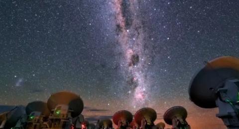 """""""南天学堂""""主题科普报告:太阳要冬眠了吗?宇宙的起源是什么"""