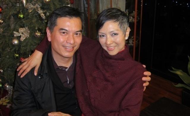 司马燕离世五周年吴忠义携现任妻子悼念,次子至今仍不满父亲再婚