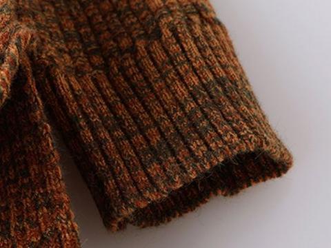 """今年流行一款毛衣:叫""""富贵领"""",特显高贵!配踝靴"""