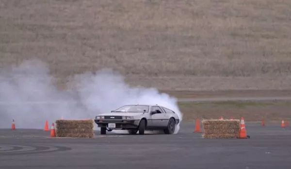 电动汽车有多颠覆?这几件事让你100%震惊!