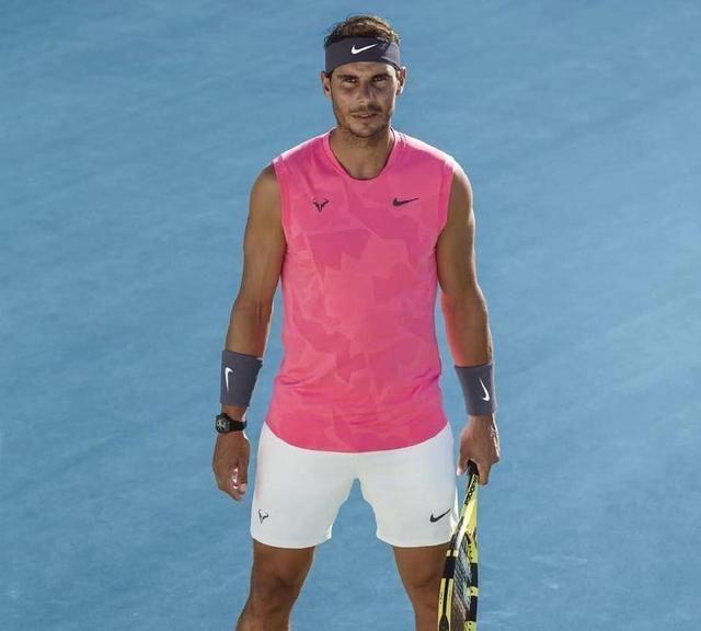 继续穿无袖衫!纳达尔澳网战袍曝光,打破魔咒的他能否实现双圈