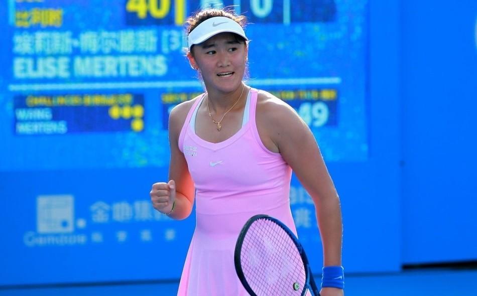 继续冲击澳网正赛!18岁中国小花轻松过关,闯入澳网资格赛次轮!