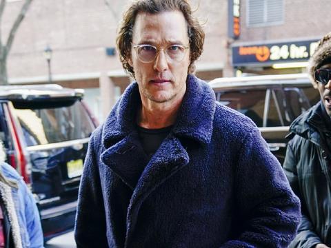 51岁马修·麦康纳终于瘦了!影史最任性奥斯卡影帝,变回男神模样