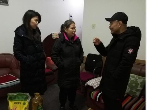 九江市经开区向阳街道开展春节走访计生困难家庭活动