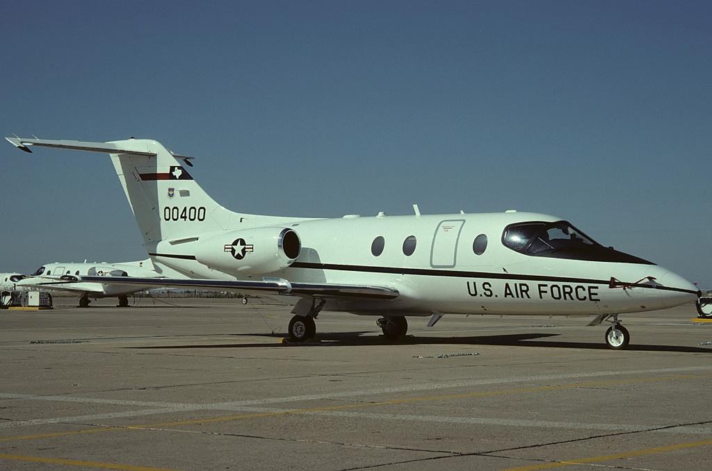 便宜好用的教练机:单价410万美元 培养加油机飞行员