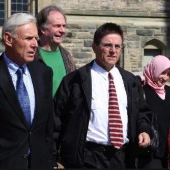 [震惊]加拿大大学教授涉嫌恐袭锒铛入狱 政府又要赔9千万