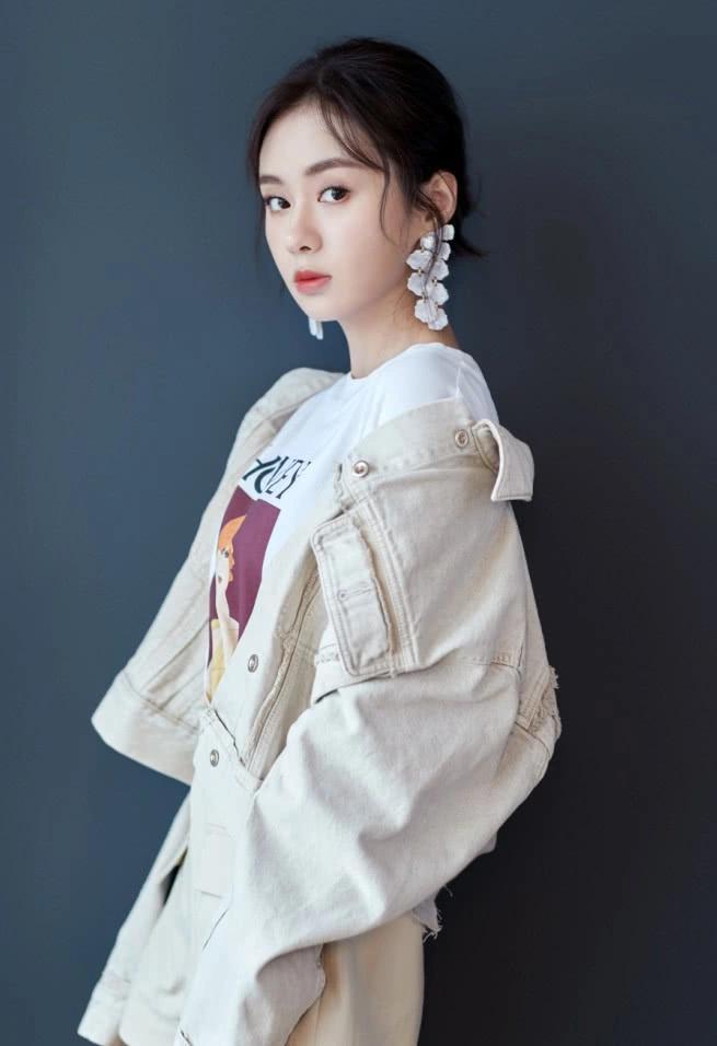"""郑合惠子带火耐克新配色,""""上橘子下青柠"""",甜酷到翻天!"""